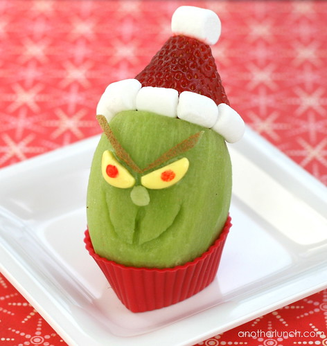 Grinch kiwi snack | by anotherlunch.com