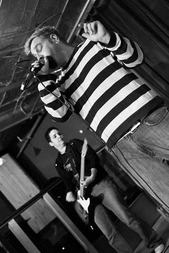 Full Body Anchor @ Radio 12.17.2011 | by johnny anguish