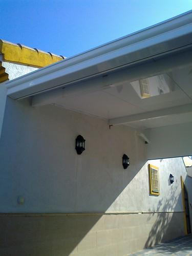 Montaje de porche con aluminio blanco montaje de porche for Cristaleria benissa