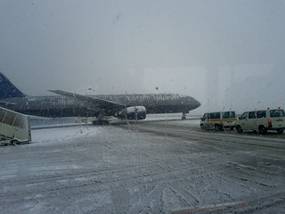 Snowfall in Frankfurt Airport | by Sudar Muthu