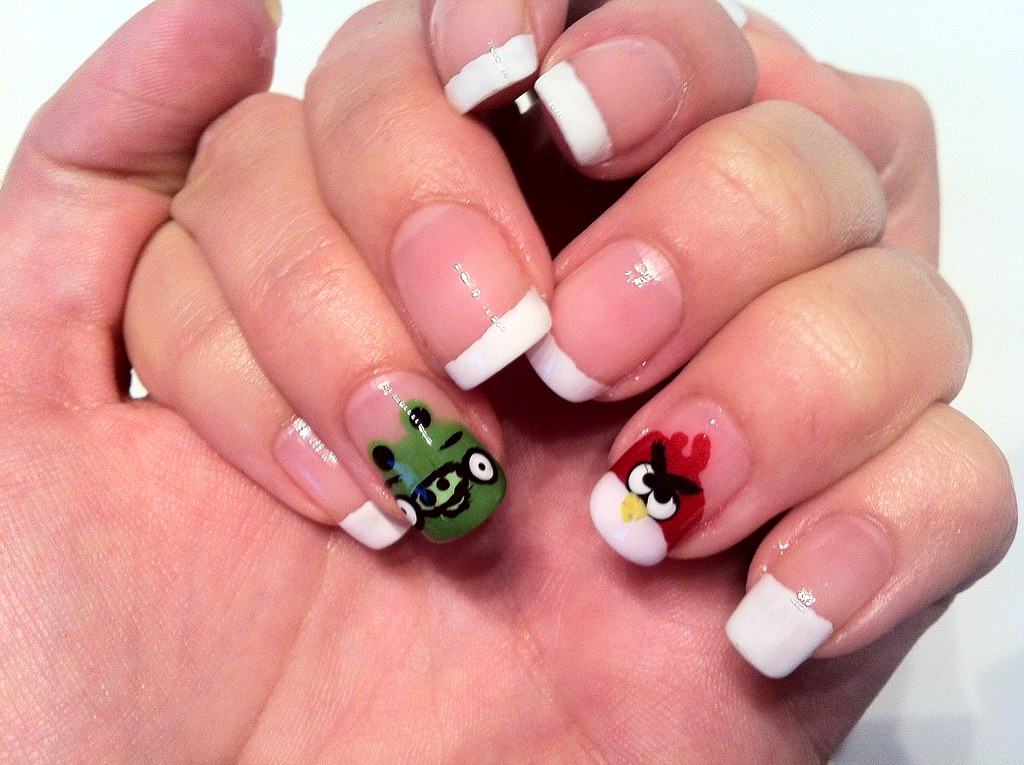 Angry birds nail art | MissEvieNL | Flickr