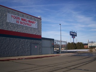 Wal Mart Carroll Iowa Former Store Storefront And Us