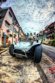 Car | - HDR 3 Exposure Bracketing - EOS 550D - Photomatix ...