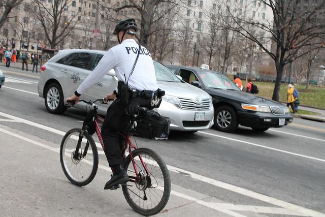 04.BikeLane.15thStreet.NW.WDC.7January2012