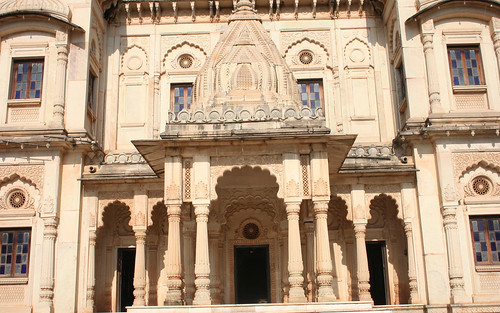 Italian marble and Belgian glass - entrance to the cenotaphs | by Nagarjun