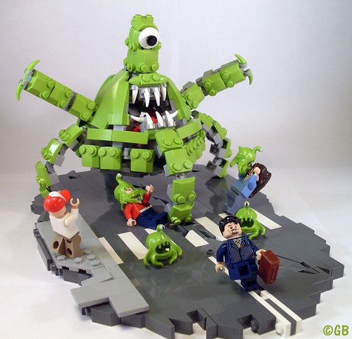 Attack of the Aliens! | by Lego.Skrytsson