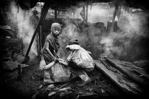 Ulingan, Tondo - The Charcoal Kids | by Mio Cade