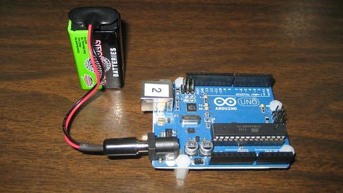 Arduino uno running on volt battery when s the last