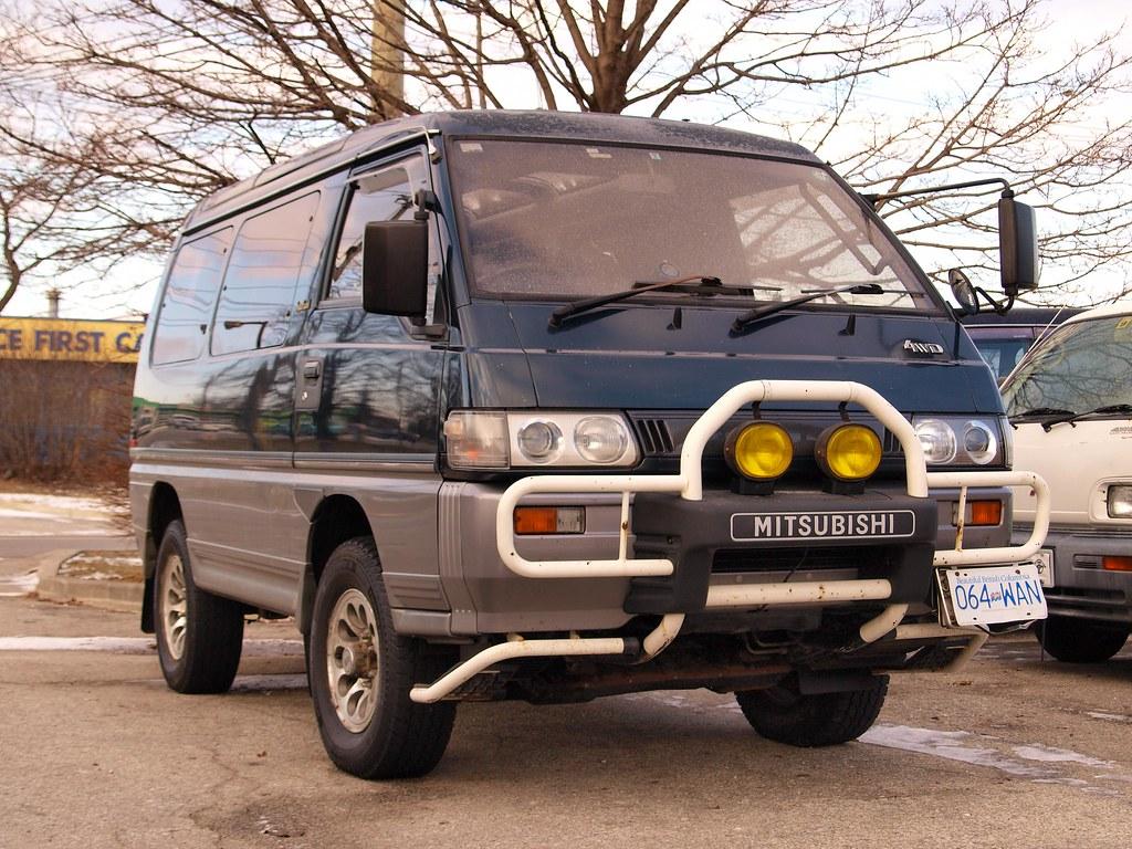 ... Mitsubishi Delica L300 Star Wagon | by MSVG