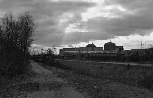 949.Nuclear power plant of Saint Pierre Of Boeuf | by Greg.photographie