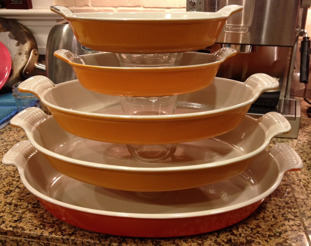 Thrifted Le Creuset Au Gratin dishes | Sizes 20 (2), 28, 32 … | Flickr