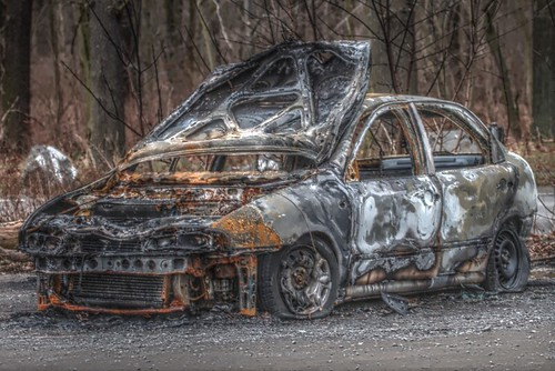 burnt Fiat Brava | by acidpix