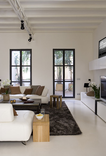 an apartment in barcelona | by the style files