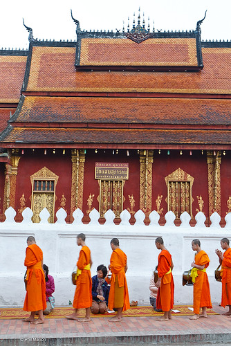 Tak Bak (Giving of Alms) - Luang Prabang, Laos | by Phil Marion (78 million views - thank you all)