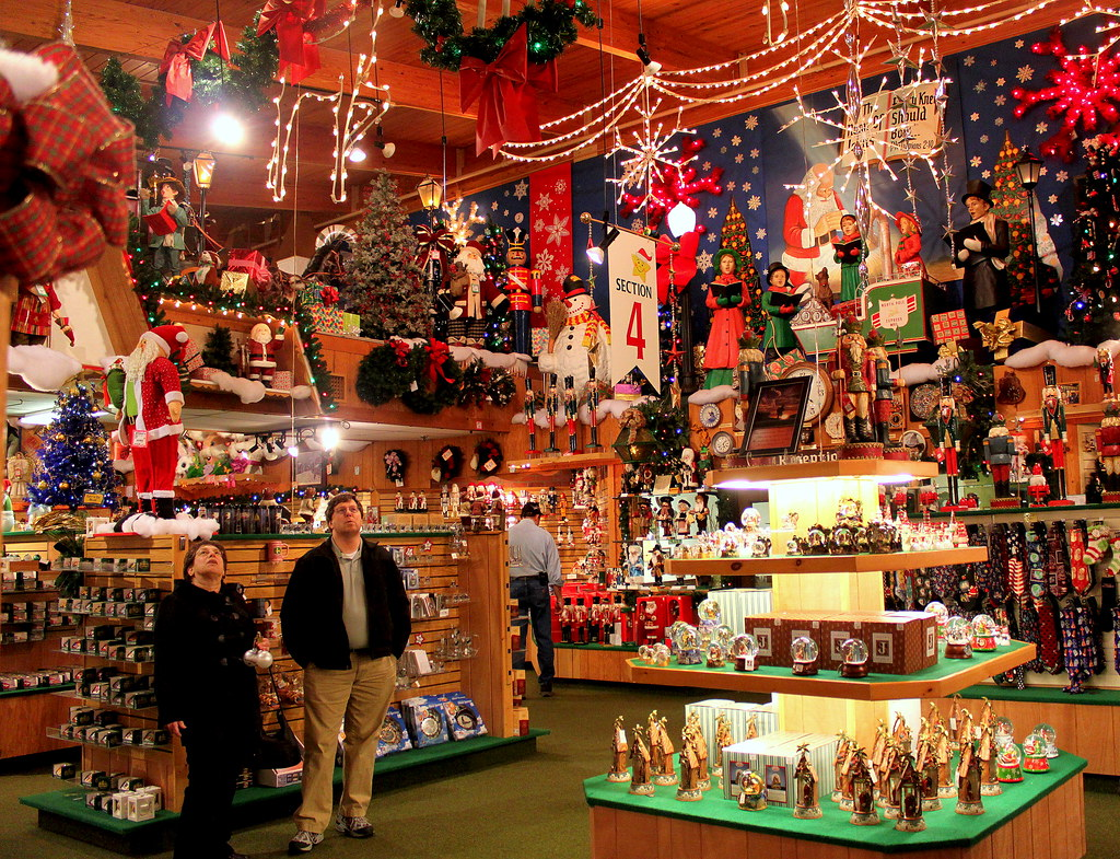 2:366 BRONNER'S CHRISTmas WONDERLAND | Yep, that's how they … | Flickr