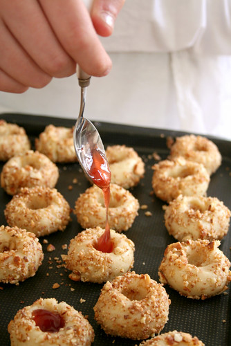 Making jam almond thumbprint cookies | by Le Petrin