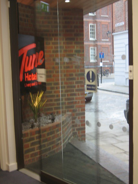 Entrance to the Tune Hotel Liverpool Street | Just like its