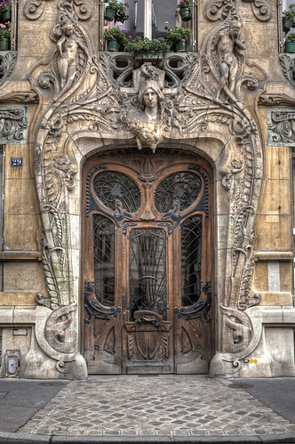 The Best Door in Paris | by IPBrian
