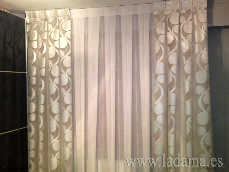 ... Decoración Para Dormitorios Modernos: Cortinas En Barra, Estores,  Paneles Japoneses, Fundas Nórdicas