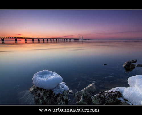 Sunset at Øresunds/Öresunds Bridge | by UrbanMescalero