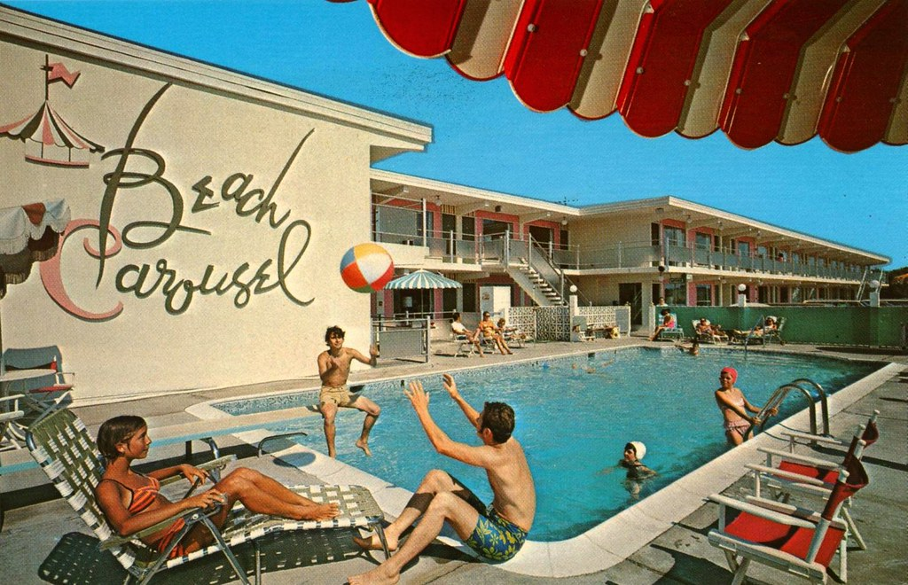 Beach Carousel Motel - Virginia Beach, Virginia