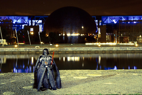 Darth Vader devant l'Étoile noire | by Discret-photos