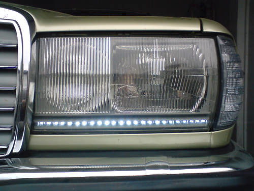 mercedes benz w123 scheinwerfer mit led tagfahrlicht flickr. Black Bedroom Furniture Sets. Home Design Ideas