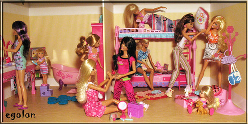 Toy Sunday Group #3. Pajama Party | by egolon