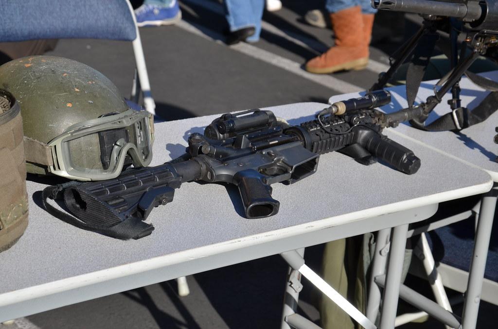 Fbi Swat Weapons Navymailman Flickr