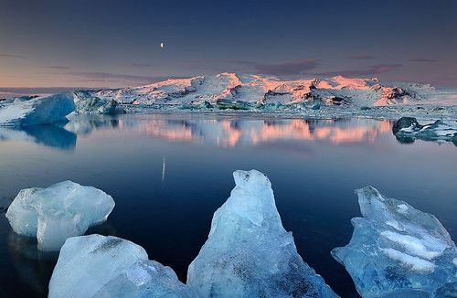 Dormant Giant - Öræfajökull reflected in Jökulsárlón, Iceland | by orvaratli