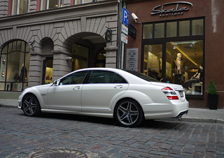 Mercedes-Benz S 63 AMG W221 | by MauriceVanGestel Photography
