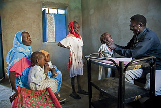 Displaced Sudanese Undergo Medical Tests before Journey Home | by United Nations Photo