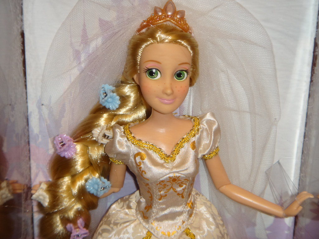 Disney Tangled Ever After Wedding Rapunzel 12 Doll