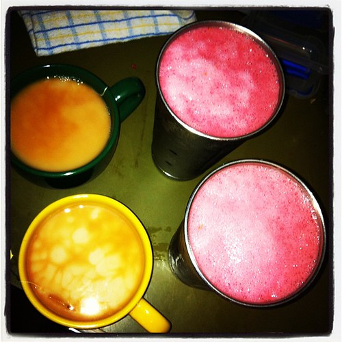 Morning bevvies: gingery chais & raspberry smoothies | by tahinikill