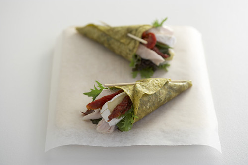 Canape idea cone wrap great idea for dinner parties and for Canape wraps
