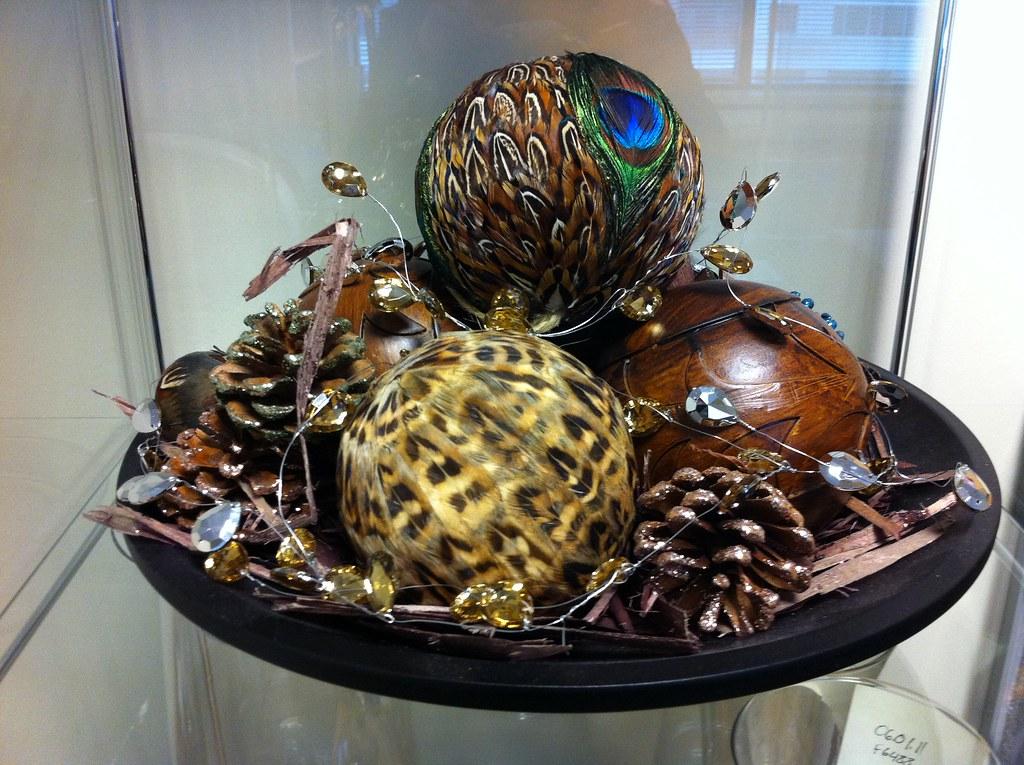 Decorative Bowl Filler | Combine decorative spheres, garland… | Flickr