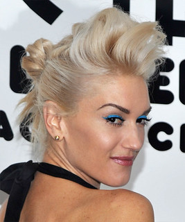 Gwen Stefani / Bright Eyeshadow | by Jessie {Creating Happy}