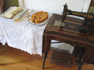 White Sewing Machine used as table | by Eastlake Victorian