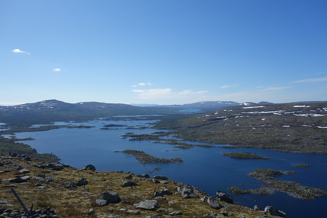 Stor-Våndsjön with Hävlingen just below the horison