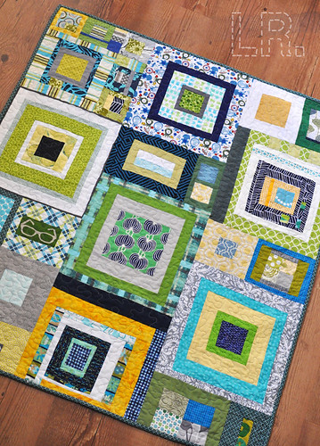 Dream Circle :: November Boy's Quilt | by LRstitched
