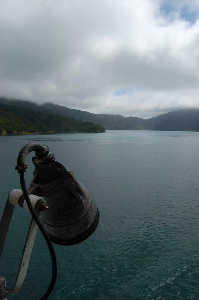 2009 Jan NZ Cook Strait - Picton 057