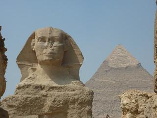 Pramids Of Giza >> The Sphinx and Khafre Pyramid   Giza pramids 2011. Close up …   Flickr
