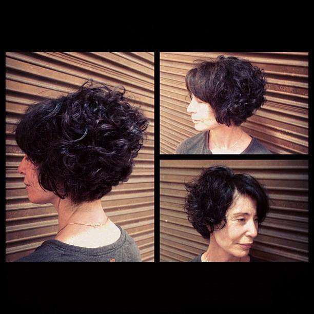 Love My Clients Graduated Bob On Curly Hair Cut Colour B Flickr