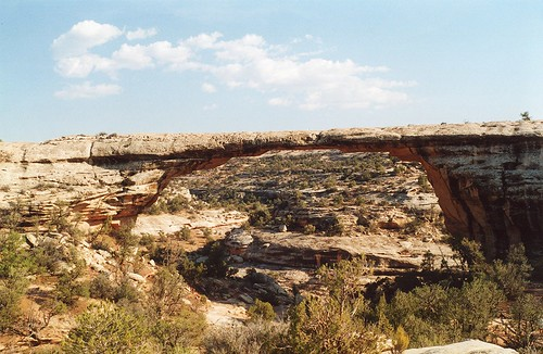 Owachomo Natural Bridge, Natural Bridges National Monument, Utah, USA, agosto 2001 065 | by tango-