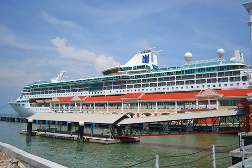 Royal Caribbean - Legend of the Seas