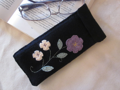 Black Wool Embroidered Eyeglass Case | by LookHappyShop