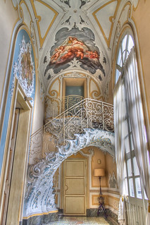 Detail of stairs and painting in Palazzo Biscari [EXPLORE] | by Mire74