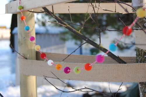 Small garland from wool and bakers twine.