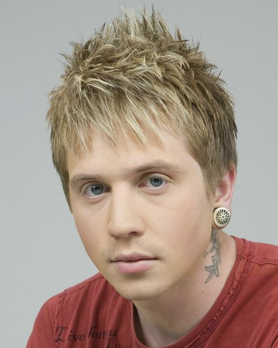 Male hairstyle with blonde highlights | Male hairstyle ...