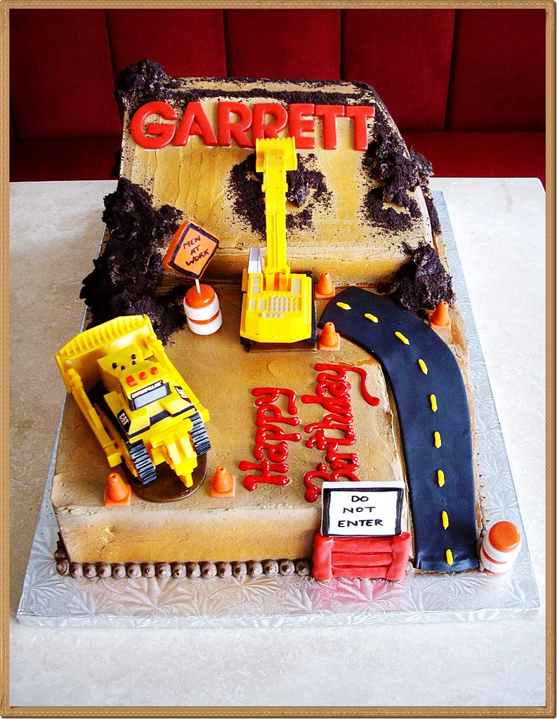 2d Kids Construction Site Birthday Cake Bella Christies And Lil